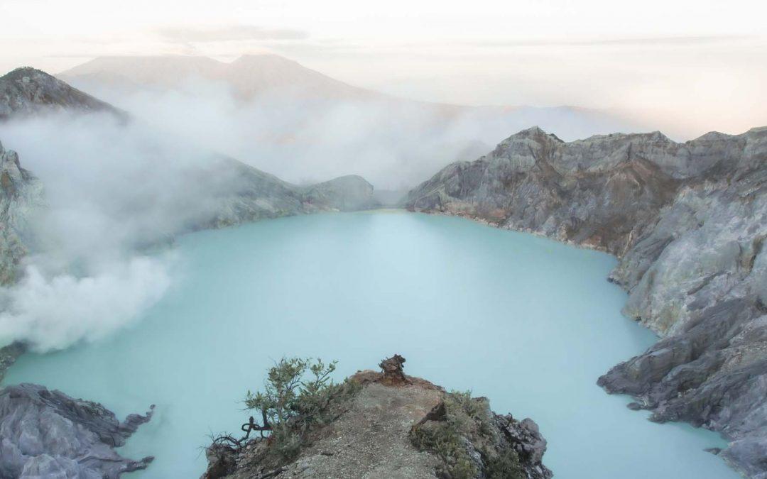 Kawah Ijen, Destinasi Wisata Favorit Wisatawan